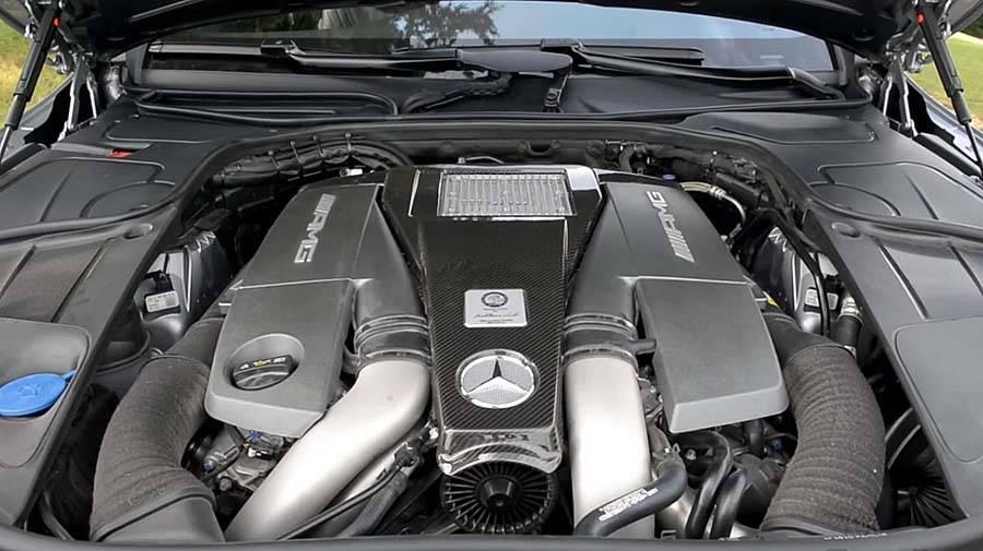 фото двигателя нового Мерседес S класс купе 2015