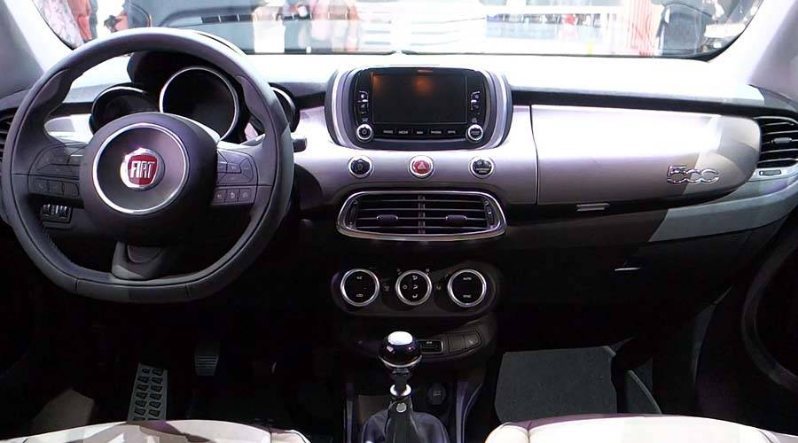 фото панели приборов Fiat 500X 2015